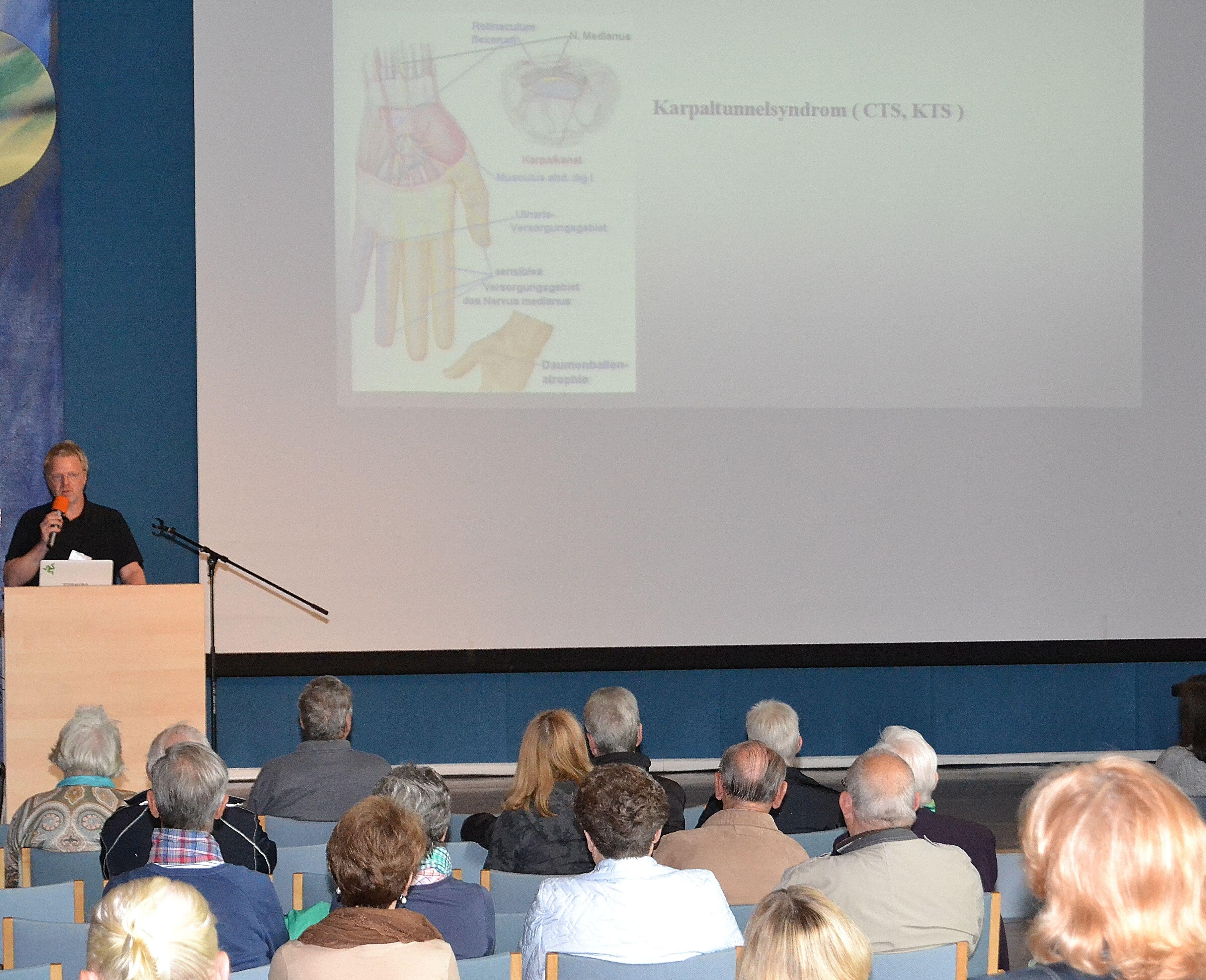 Dr. Michael Ptok informierte u.a. über das Karpaltunnelsyndrom